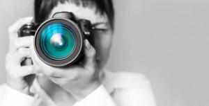 woman-photographer-camera-26638105